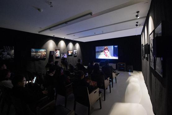 走,去淮海中路邂逅赫本 海信激光电视影厅以科技致敬经典