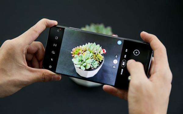 报告:2020年全球智能手机出货量将比预期减少10%